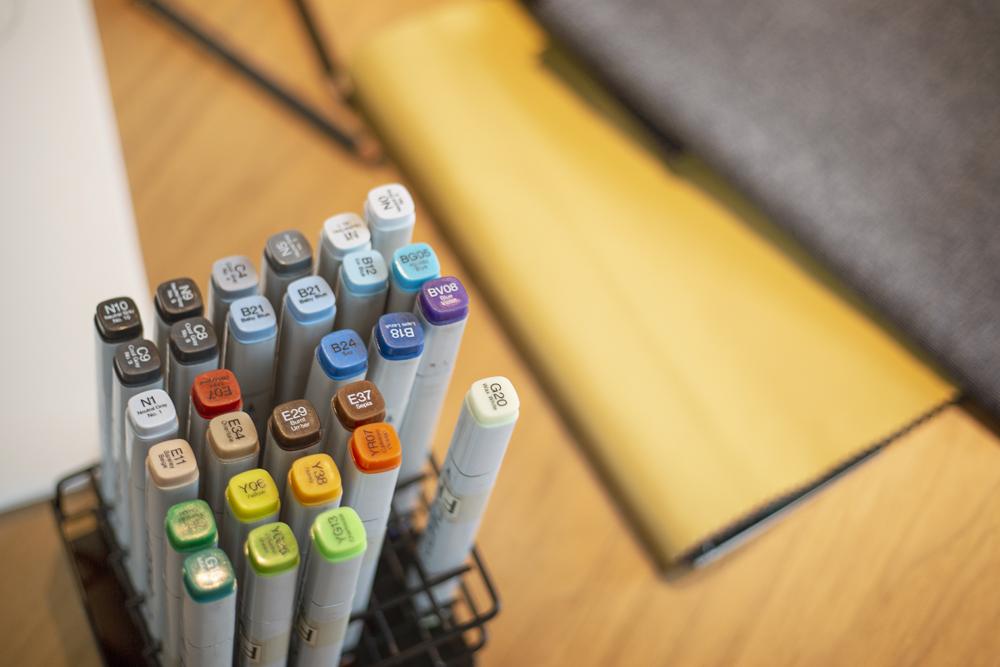 Darstellung der verschiedenen Farb-Varianten des RECARO Exo Sitzes.