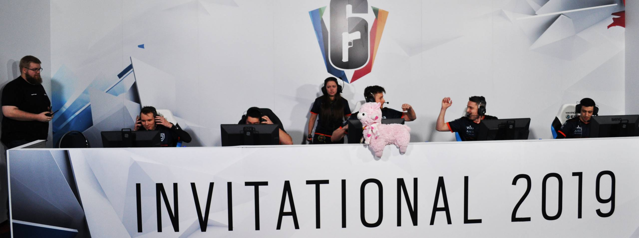 PENTA beim Six Invitational von Rainbow Six Siege